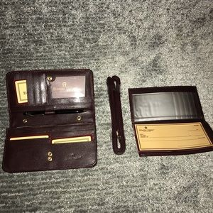 Etienne Aigner Leather Clutch Wallet Gift Set NWT